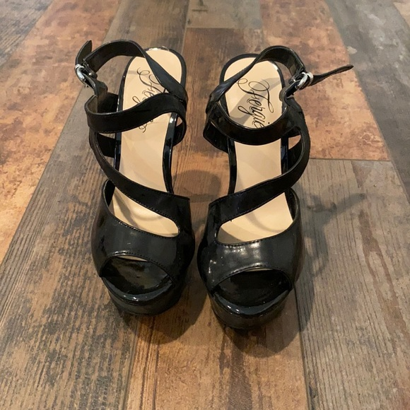 Black Fergie Heels
